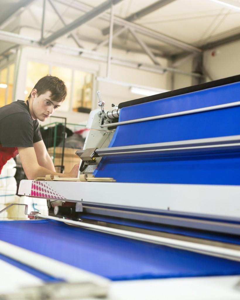worker-working-in-fabric-industry.jpg